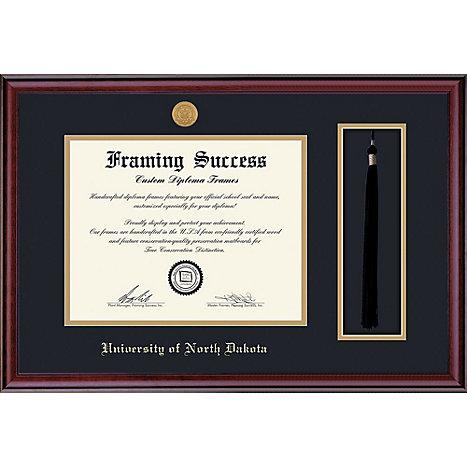 University of North Dakota 8.5\'\' x 11\'\' Classic Diploma Frame ...