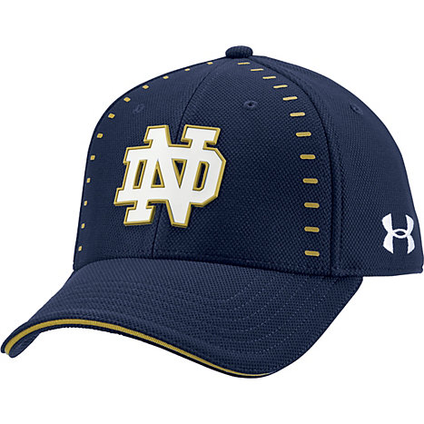 Under Armour Blitzing Fitted Hat A1807c University Of Notre Dame